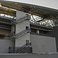 新竹高鐵站弧形屋頂近景.jpg