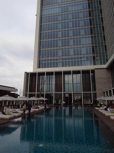 台北市W Taipei:WET游泳池 (10).JPG