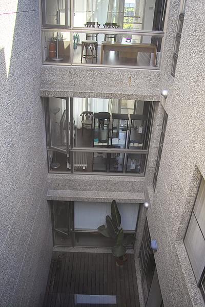 台東縣台東市少則得民宿中庭俯視.jpg