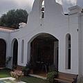台東縣卑南鄉朗克徠爵的風車教堂正面拱門2.jpg