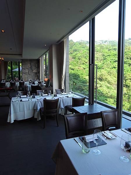 台北市北投麗禧溫泉酒店:歐陸餐廳 (2).JPG