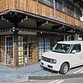 日本岐阜縣高山市Nissan Cube.jpg