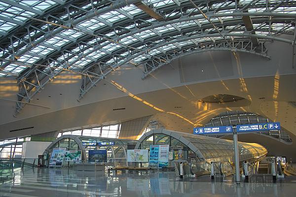 韓國仁川機場新建築內貌.jpg