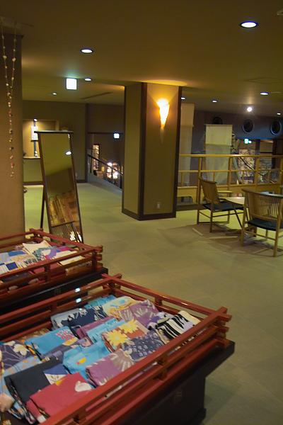 日本下呂市下呂觀光Hotel女性浴衣挑選空間.jpg