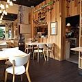 台北市村落餐廳 (30).JPG