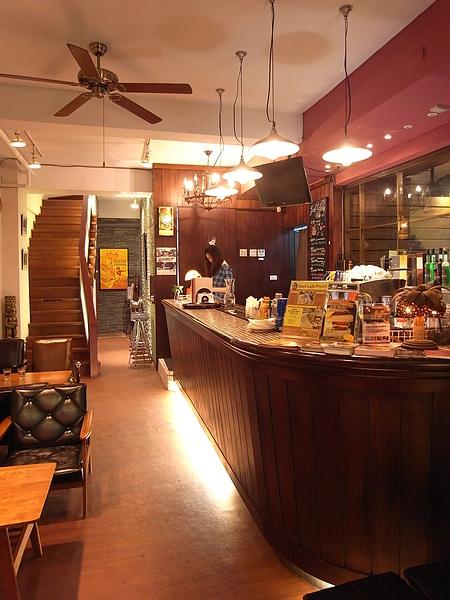 台北市Surf Cafe美式餐廳 (2).JPG