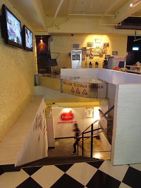台北市Evans Burger敦南店 (24).JPG