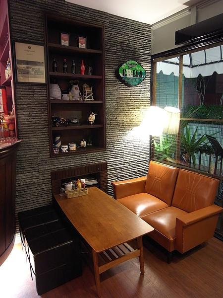 台北市Surf Cafe美式餐廳.JPG
