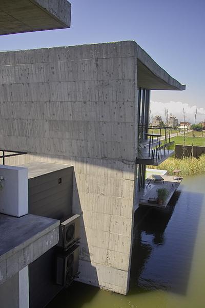 宜蘭縣五結鄉浮線發想之島0908側面俯景.jpg