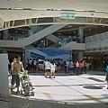 高雄市夢時代購物中心試營運蛋的空間底層.jpg