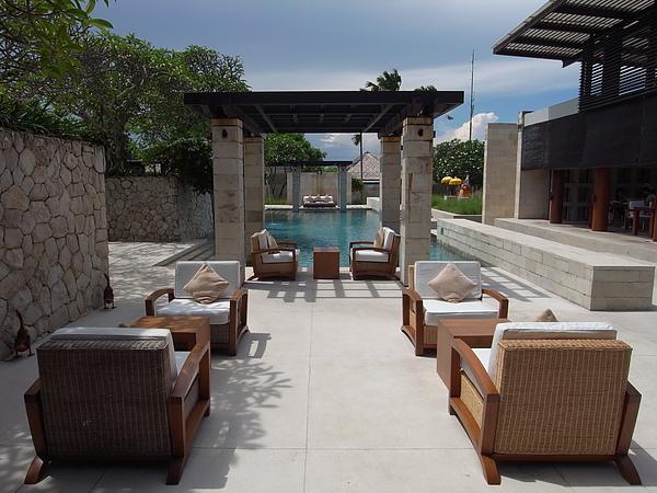 峇里島The Bale奴沙杜瓦餐廳&Main Pool (2).JPG