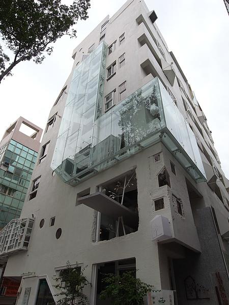 台南市佳佳西市場旅店 (83).JPG