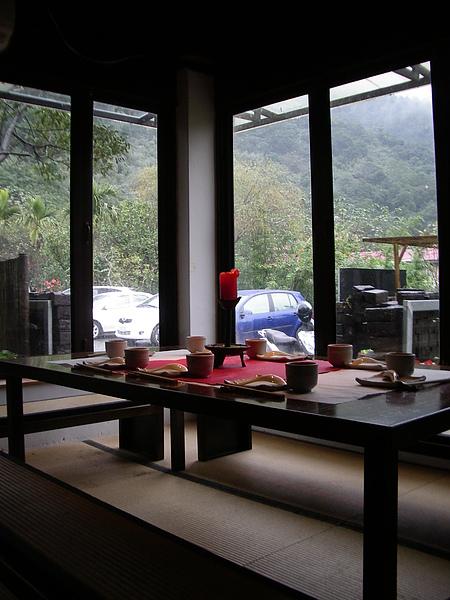 台北縣新店市大山無價餐廳個室.JPG