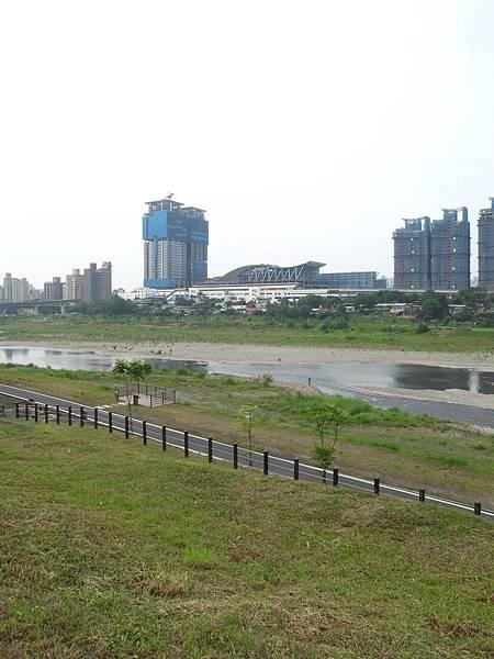 台北縣新店市美河市 (2).JPG