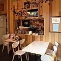 台北市村落餐廳 (17).JPG