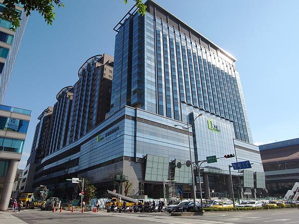 台北市京站時尚廣場全景.JPG