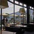 新竹縣尖石鄉數碼天空餐廳一樓室內座位5.jpg
