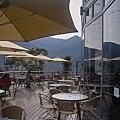 新竹縣尖石鄉數碼天空餐廳一樓露天座位區3.jpg