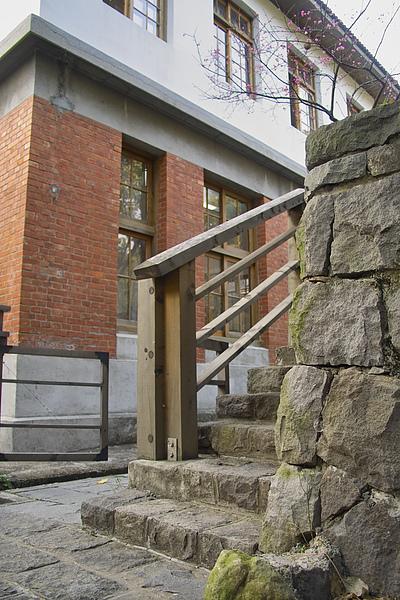 北投溫泉博物館石梯.jpg