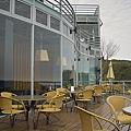 新竹縣尖石鄉數碼天空餐廳一樓露天座位區.jpg
