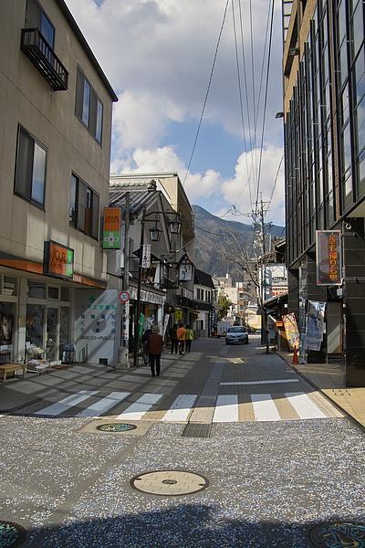 日本下呂市溫泉路.jpg
