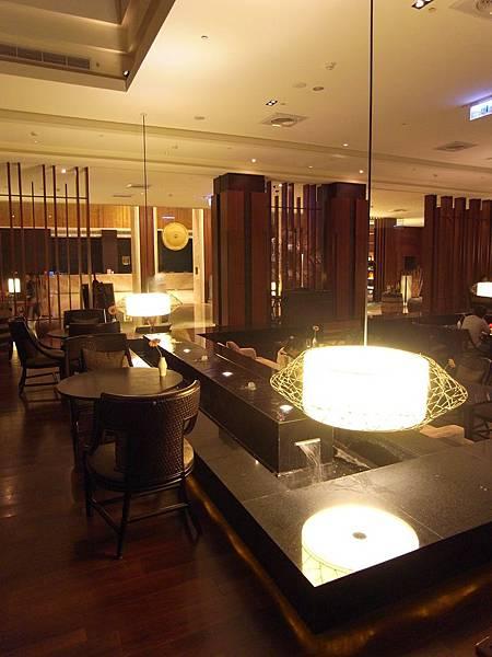 宜蘭縣宜蘭市蘭城晶英酒店:大廳酒吧 (4).JPG