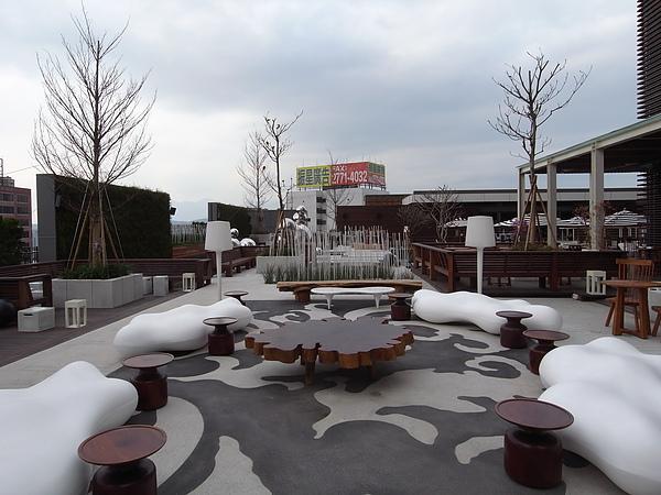 台北市W Taipei:WET游泳池 (21).JPG