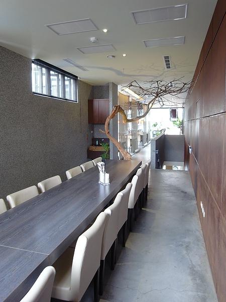 南投縣草屯鎮人文自然七彩神仙魚主題餐廳 (7).JPG