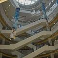 高雄市夢時代購物中心試營運蛋的空間仰景3.jpg