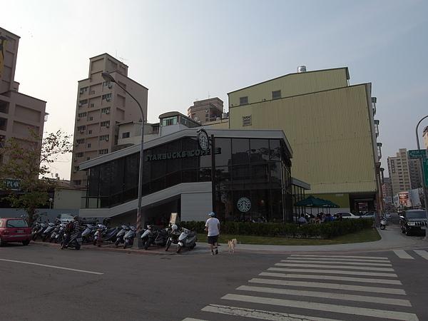 高雄市星巴克明倫門市 (23).JPG