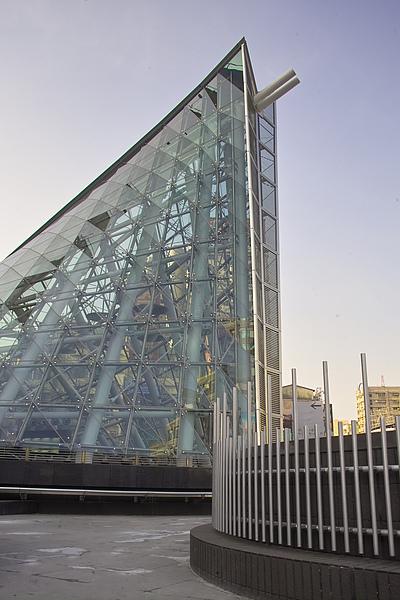高雄市捷運美麗島站太空艙體.jpg
