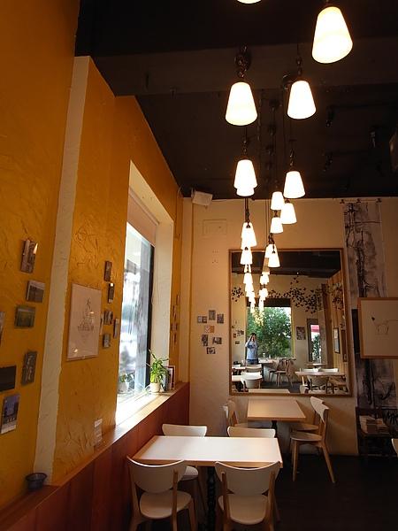 台北市村落餐廳 (16).JPG