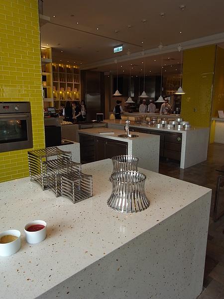 台北市W Taipei:The Kitchen Table西餐廳2 (11).JPG