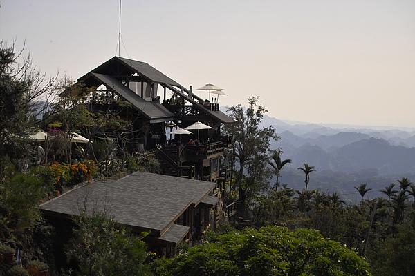 台中太平市月光森林餐廳遠眺.jpg