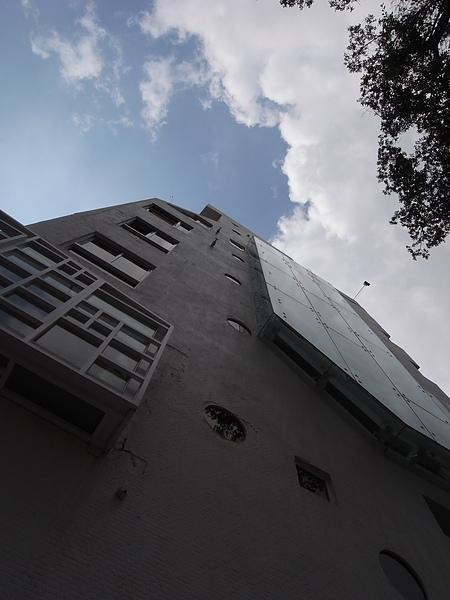台南市佳佳西市場旅店2.JPG