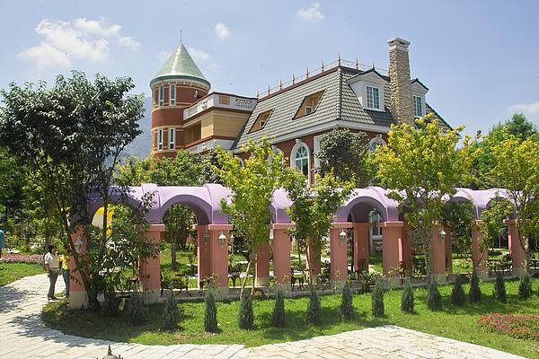 南投縣埔里鎮歐莉葉荷城堡伊莎貝拉城堡+迴廊.jpg