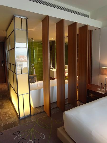 台北市W Taipei:Fabulous Guest Room (12).JPG