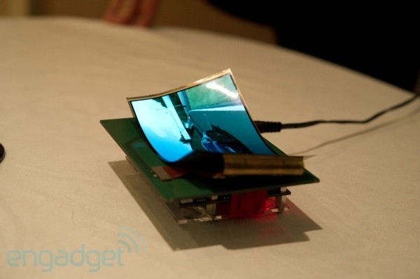samsung-mobile-display-ces-2011-48-sm
