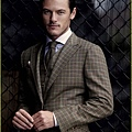 luke-evans-hairstyles-and-haircuts-4.jpg