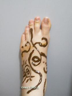 Henna-grace-2.jpg