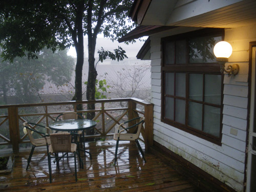 小木屋室外