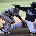 KUSO MLB #21 巨人 M.Fontenot & 教士 J.Guzman