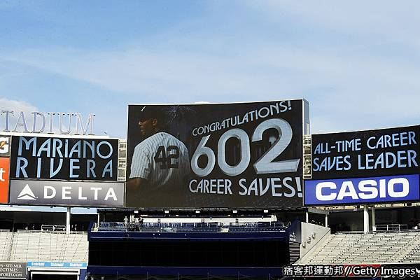 Mariano Rivera 生涯第602次救援破記錄 20110919 (8).jpg