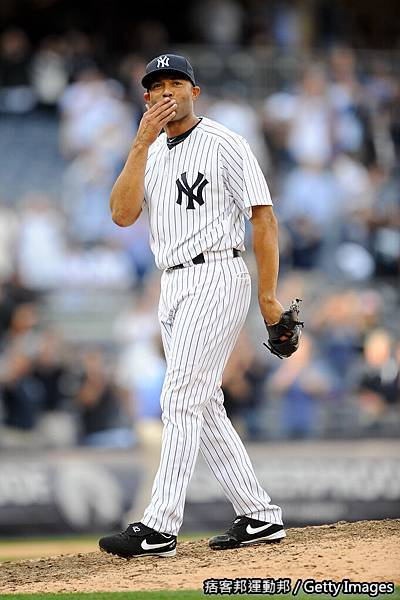 Mariano Rivera 生涯第602次救援破記錄 20110919 (13).jpg