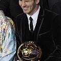 梅西(Lionel Messi)俏皮一下