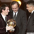 梅西(Lionel Messi)榮獲2011年FIFA金球獎 連續三年獲獎!