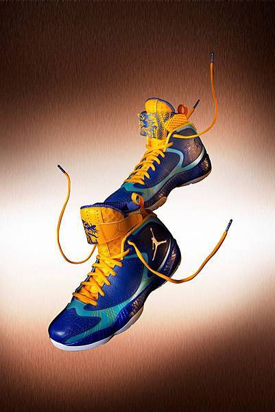 Nike設計副總裁Tinker Hatfield以數字9和九龍壁為靈感,創作龍年特別款Air Jordan 2012.JPG