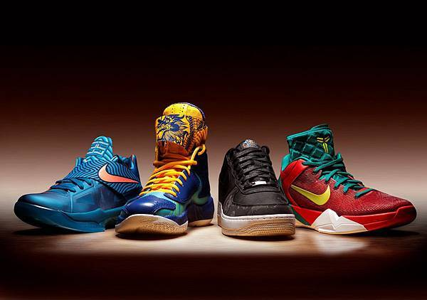 Nike將於1月15起陸續推出Air Force 1 Low Supreme,Nike Zoom KD IV,Nike Zoom Kobe VII以及Air Jordan 2012等龍年生肖款限量鞋款.JPG