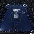 澳網冠軍盃投影在場上很有氣氛