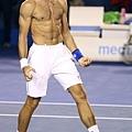 Novak Djokovic 帥氣八塊肌 以下開放尖叫~